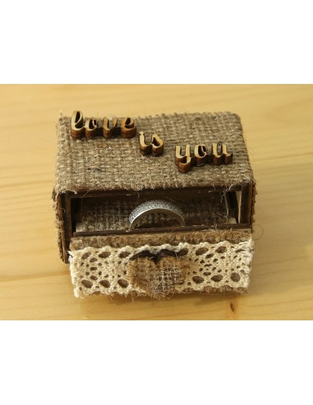 evlilik teklifi yüzük kutusu
