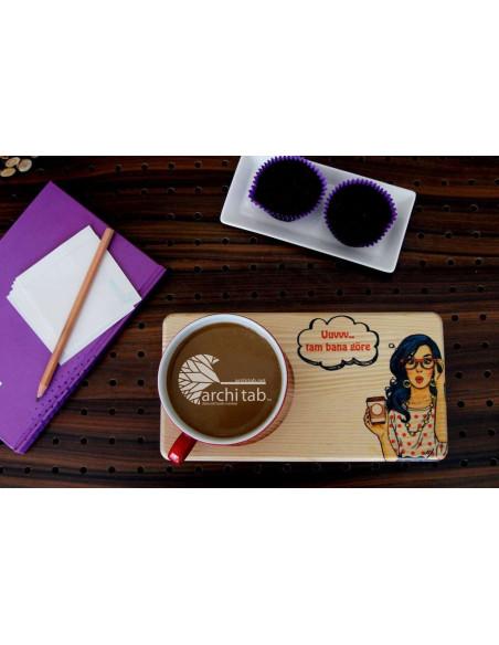 Retro kadın baskılı doğal ahşap çay kahve sunum tabağı