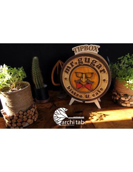 Doğal ahşap logoya özel bahşiş kutusu
